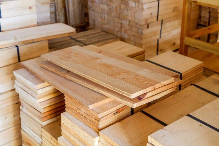 How to Select the Best Wood for Workbench the Cheapest Way
