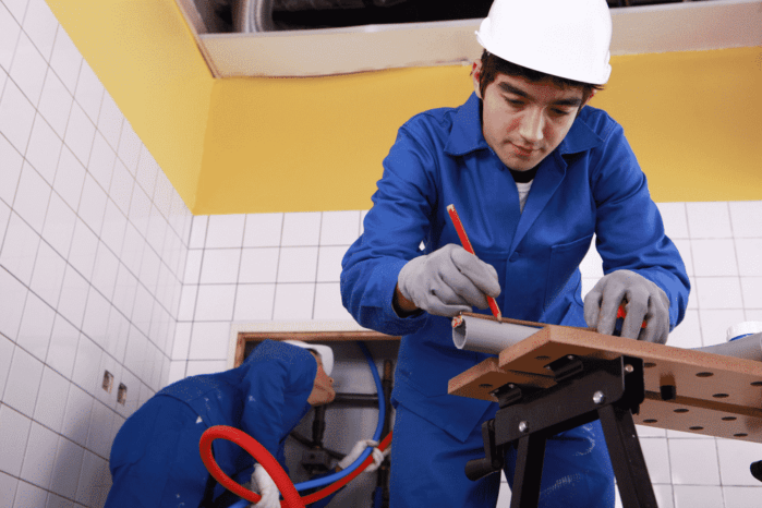 What To Do In A Plumbing Emergency? How To Hire Plumbers?