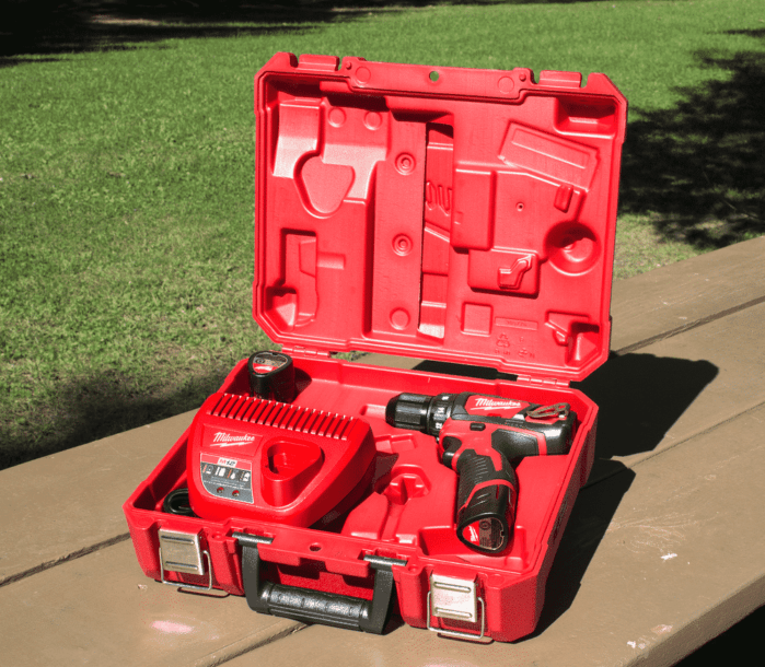 What is the Best: Ridgid vs. Milwaukee