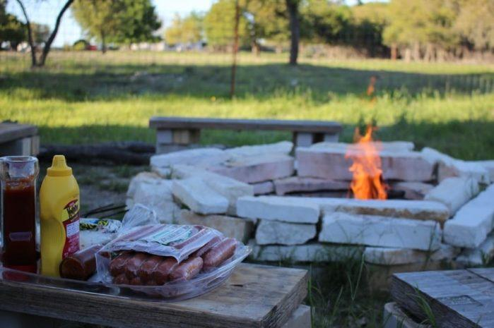 Tips To Create Outdoor Entertaining Area