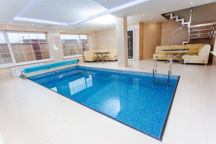 pool's interior
