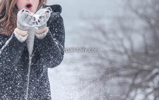 playing snow