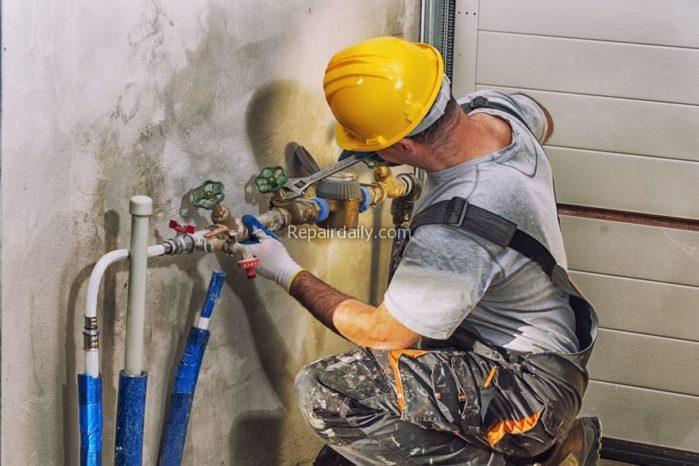 working plumber