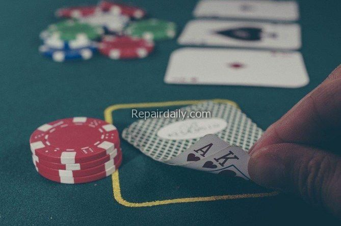 playing poker casino