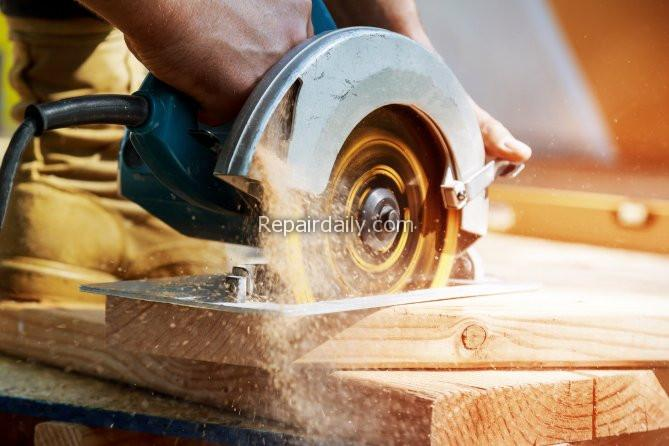 5 Best Types of Saws for DIYers - shutterstock_1163650858