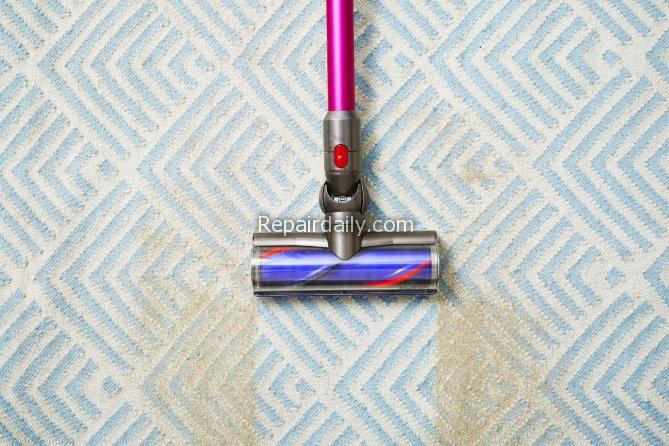 vaccuum cleaner cleaning dirt